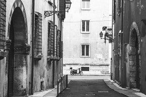 Narrow street, Verona
