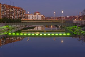 bridge over manzanares at night