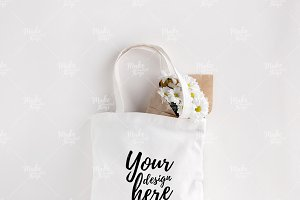 Canvas tote bag mockup #7001