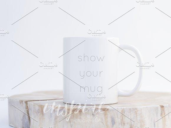 11oz Ceramic Mug Nordic Mockup PSD