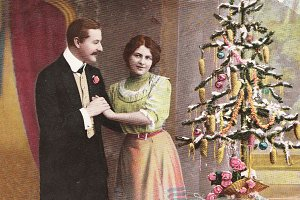 Vintage happy christmas couple