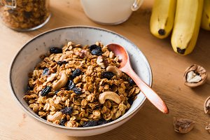 Homemade banana granola