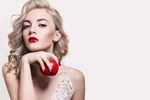 Red apple. #3