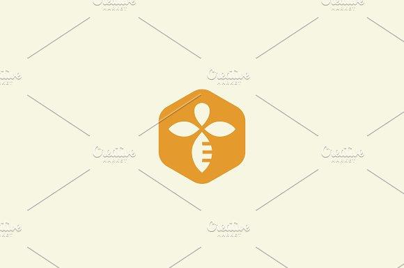 Bee Honey Creative Vector Icon Symbol Logo Hard Work Linear Logotype
