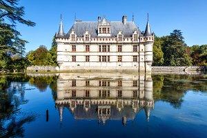 Castle chateau de Azay-le-Rideau