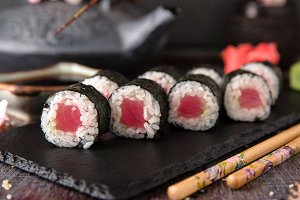 Maki rolls with tuna and cheese
