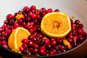 Cranberries and orange for sauce