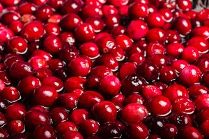 Red cranberries cooking