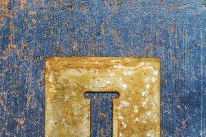 Metallic typography: letter i