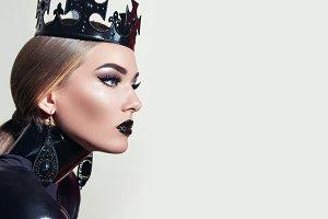 Black queen.#3