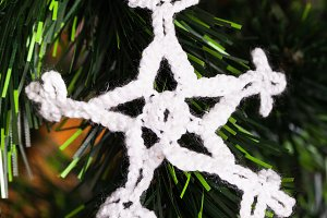 Knitted snowflake