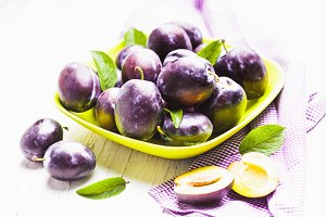 Fleshy plums