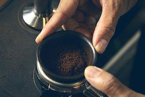 Coffee powder in espresso scoop