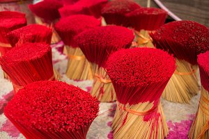 Process of painting incense sticks