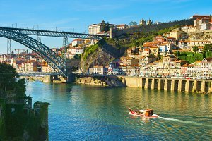 Skyline of beautiful Porto, Portugal