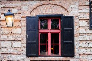 Retro window