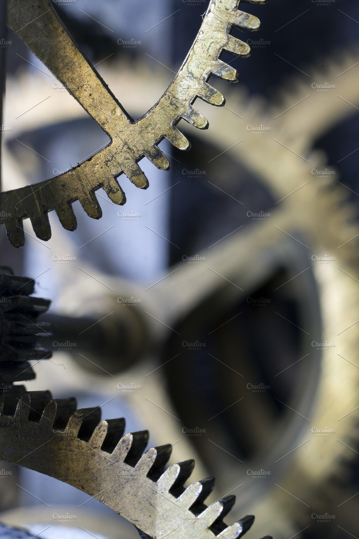 Mechanism of an old pendulum clock