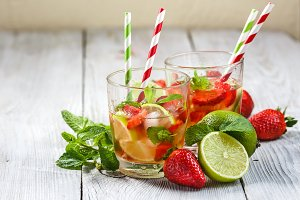 Strawberry Mojito with Lime