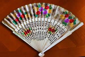 Spanish Fan Detail