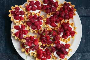 Baskets with raspberries