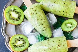 Summer dessert with kiwi