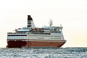 Red cruise liner's stern