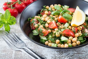 vegetarian salad of chickpeas