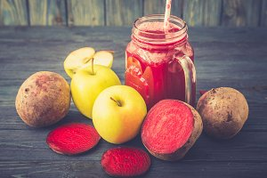 detox beetroot and apple juice