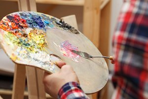 Mixing of oil paints