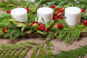 Centerpiece with white candles