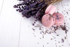 sweet lavender macaroons