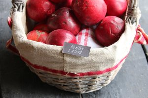 Clean eating tag and Apples.