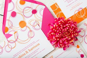 Circles Wedding Invitation Suite