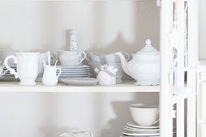 Shabby chic style dishware