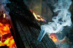 Burning Wood Smoke Patterns