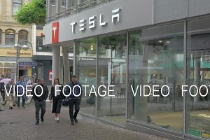 Tesla Store and Service Centre in Frankfurt, Germany