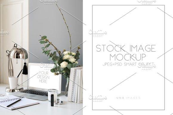 Macbook Mockup.Desktop Scene
