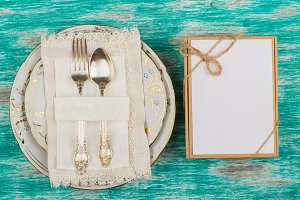 Tableware and silverware with a present box