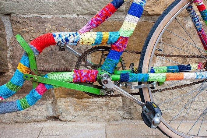 Knitting on bike.jpg - Transportation