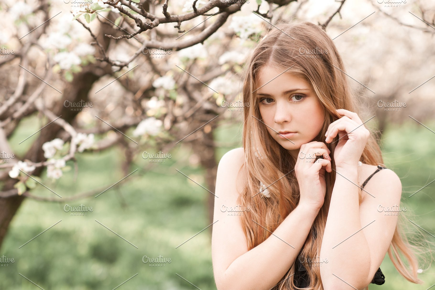 Beautiful teen girl outdoors | High-Quality People Images ... on Beautiful Teen Girl  id=38819