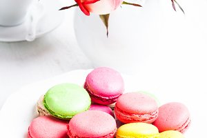 macaroons in gift box