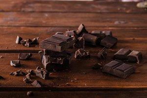 Dark chocolate product