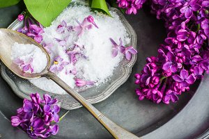 Seasalt and lilac flowers