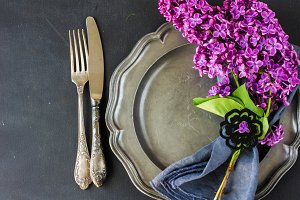 Spring table setting with lilac