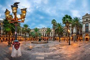 Placa Reial in Barcelona