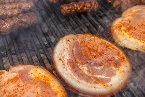 Slice of pork knuckles