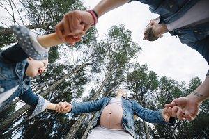 Pregnant family