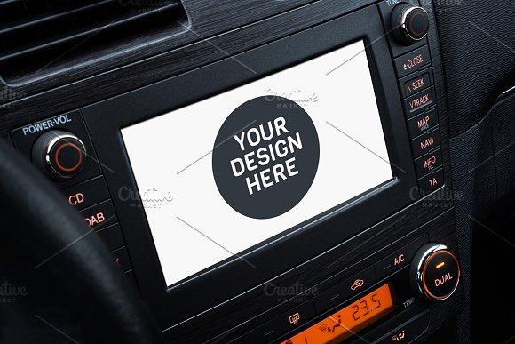 Download Car screen mockup