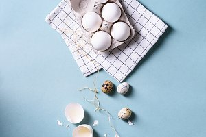 chicken eggs & quail eggs