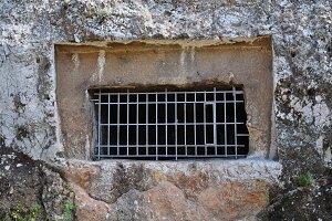 Kimons Tomb